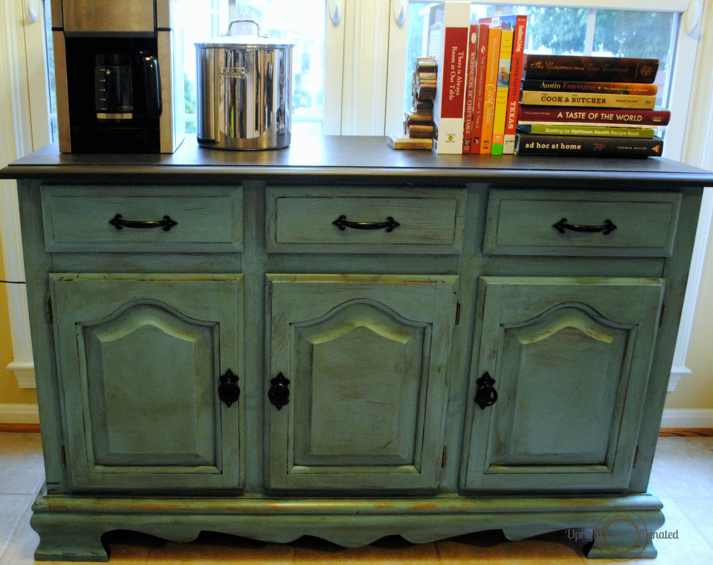 Kitchen Hutch Makeover with Annie Sloan Chalk Paint