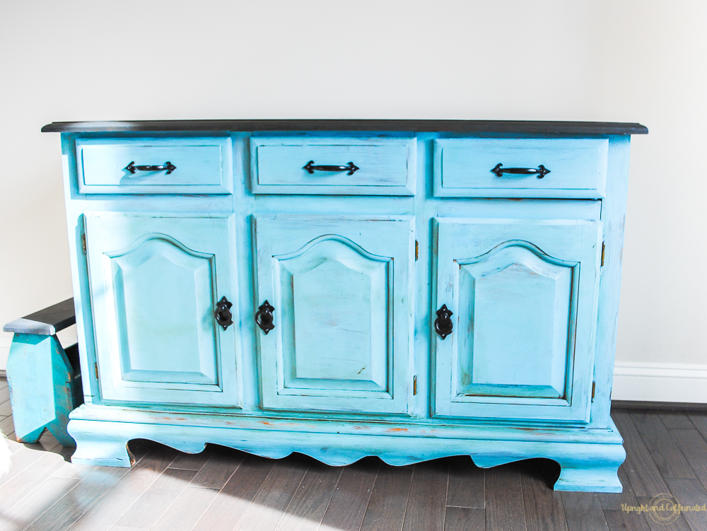 Check Out This Kitchen Hutch Makeover Using Annie Sloan Chalk Paint!
