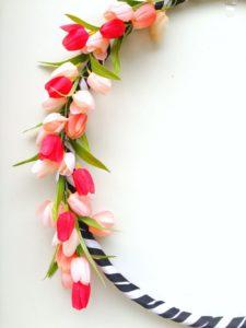 http://refreshrestyle.com/hula-hoop-spring-wreath/
