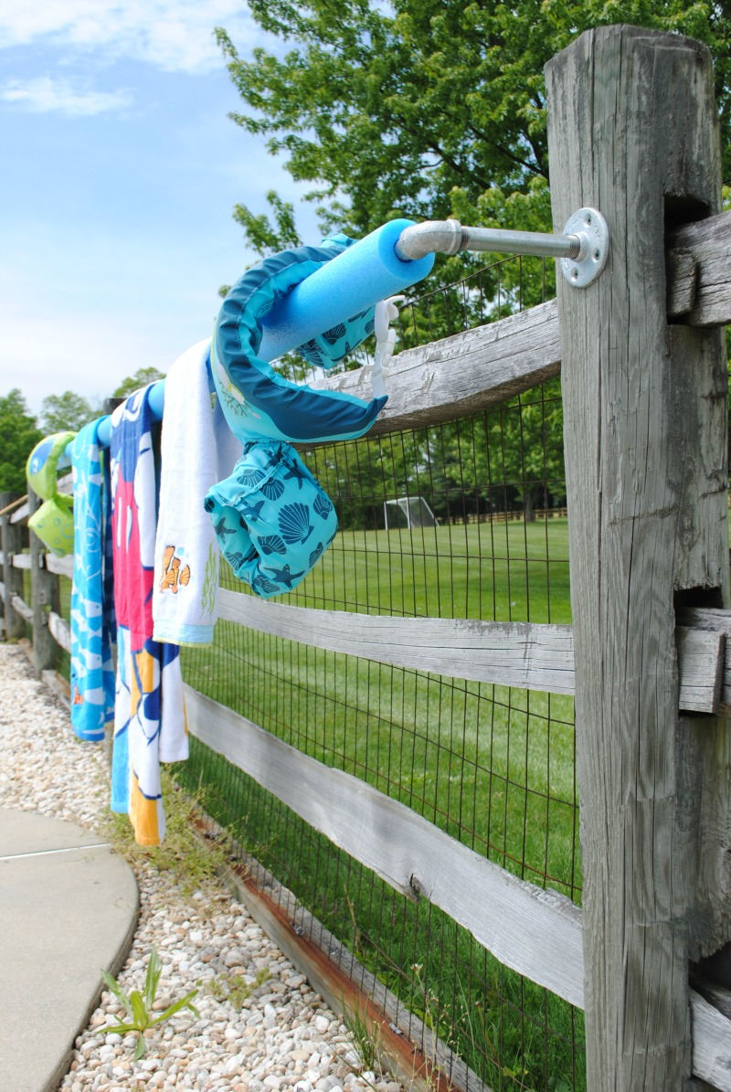 Diy Outdoor Towel Rack Upright And Caffeinated