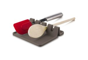 I love this multi spoon rest. It is one of my favorite cooing supplies.